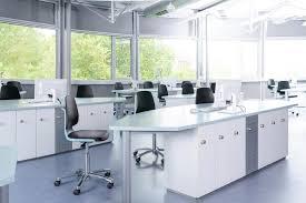 Bimos Labsit augstākās kvalitātes krēsli laboratorijām