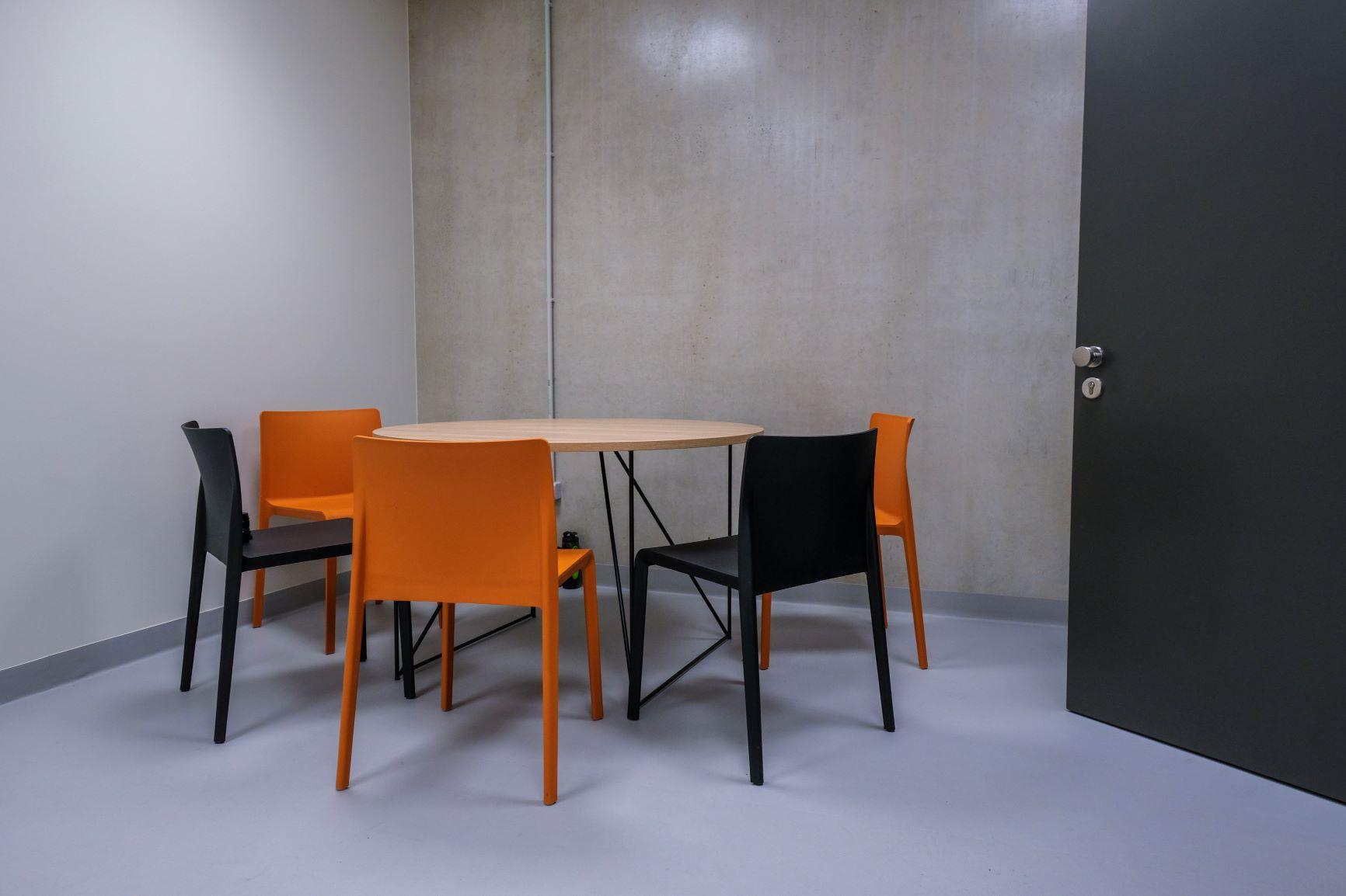 Ēdamzona ar itāļu ražotāja Pedrali krēsliem