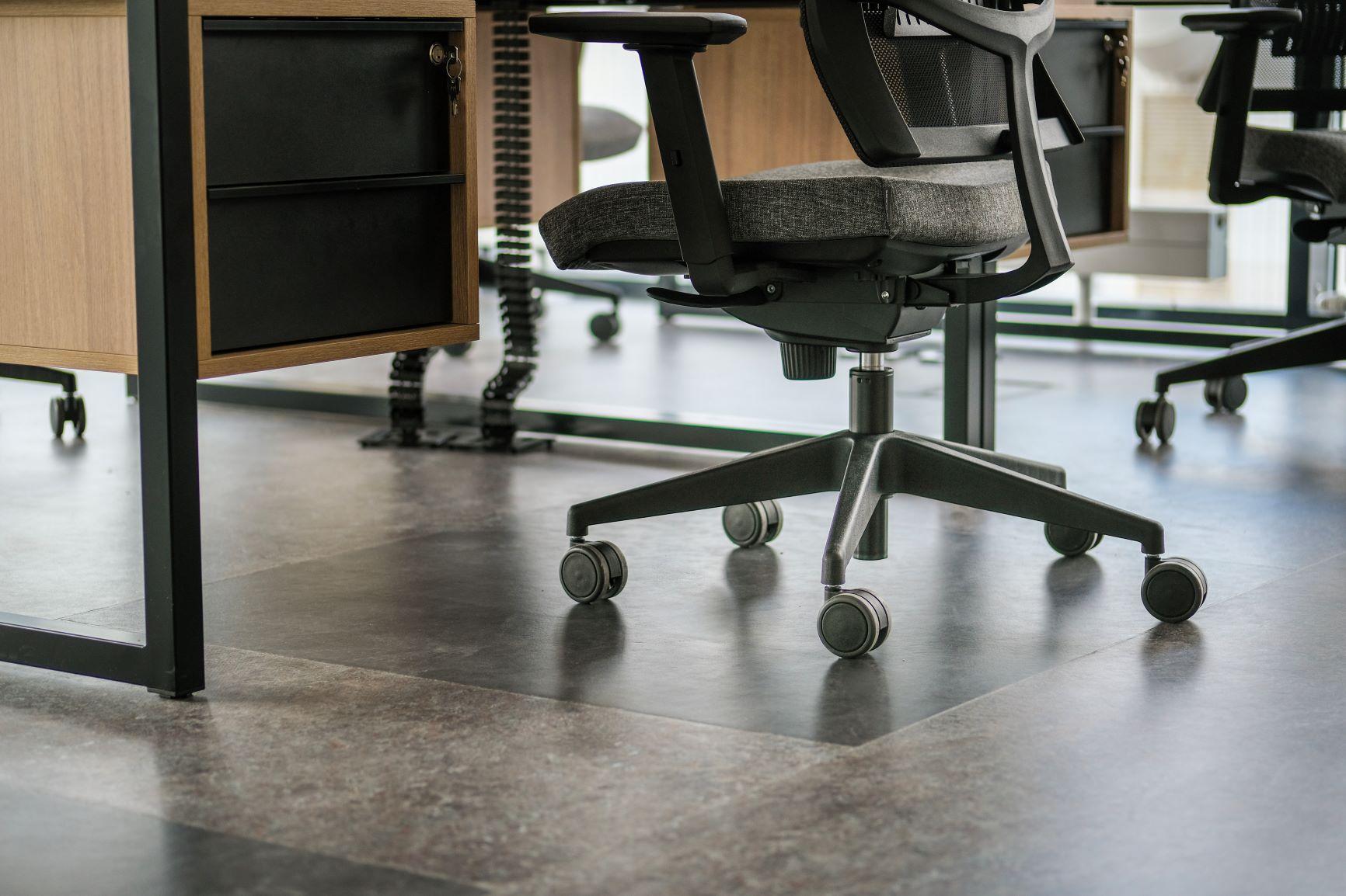 Biroja krēsla pamatne