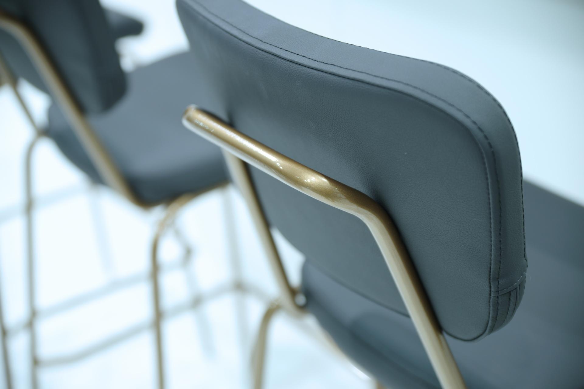 Retro stila krēsla rāmja detaļas