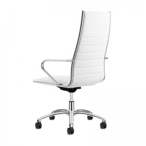 Izsmalcināts biroja vadītāja krēsls Classic