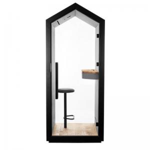 Vienvietīga akustiskā telpa ar iebūvētu krēslu un galda virsmu