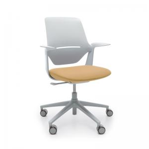 universāls krēsls darbam