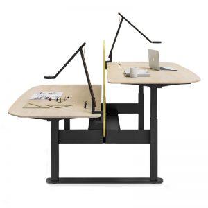 augstuma regulējams galds