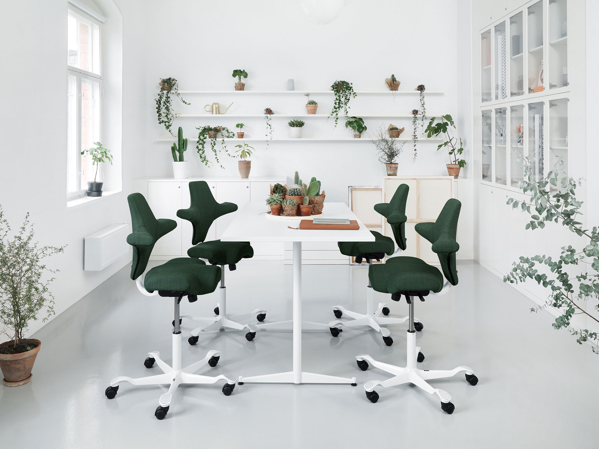 HAG_Capisco ilgtspējīgas mēbeles