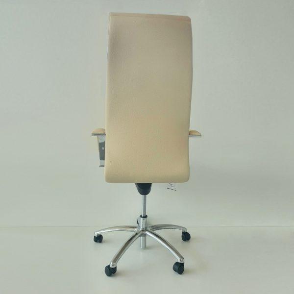 vadītāja_krēsls3
